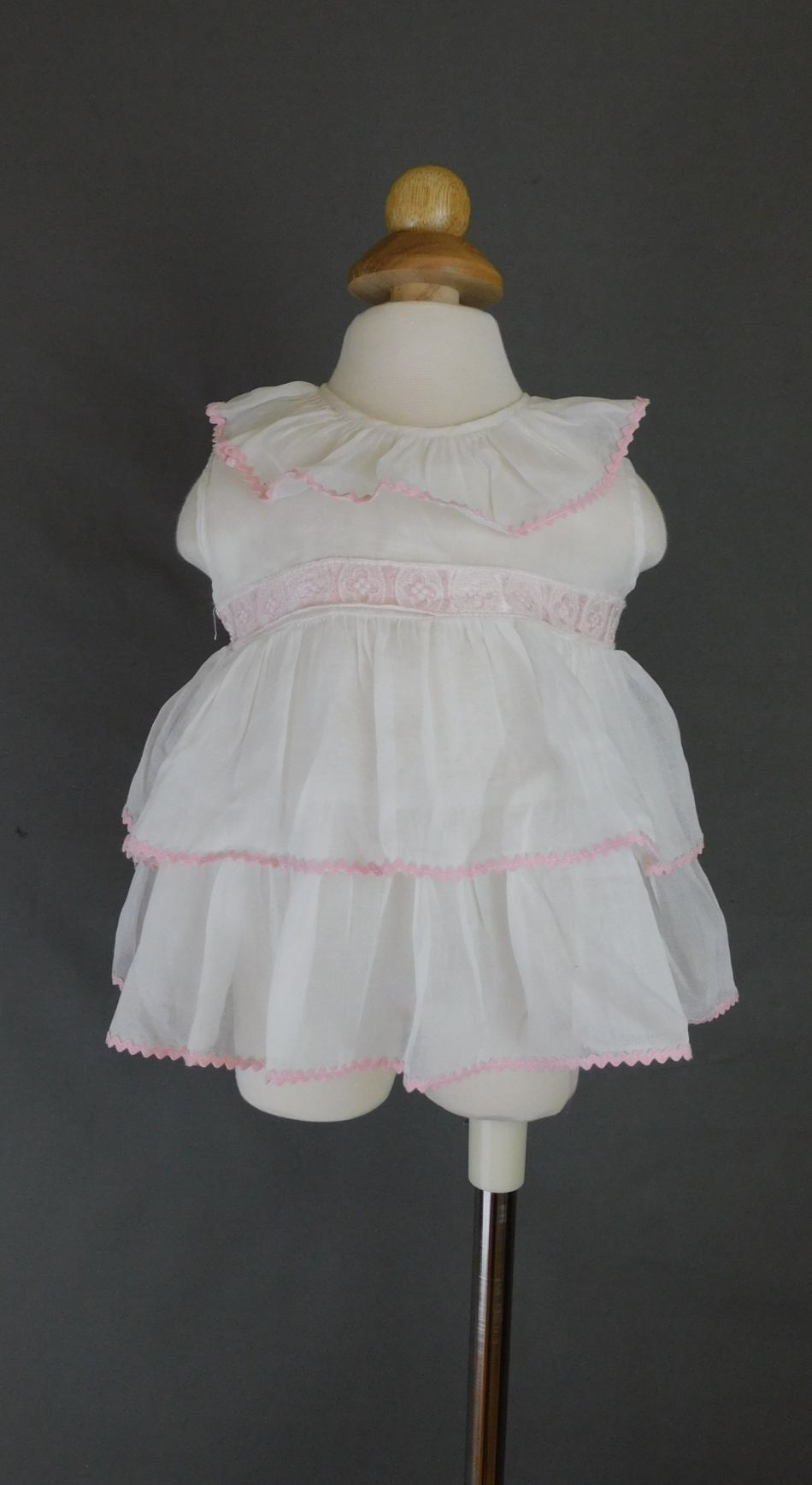 Vintage 1940s Baby Dress White Organdy with Pink Trim, 18 inch chest