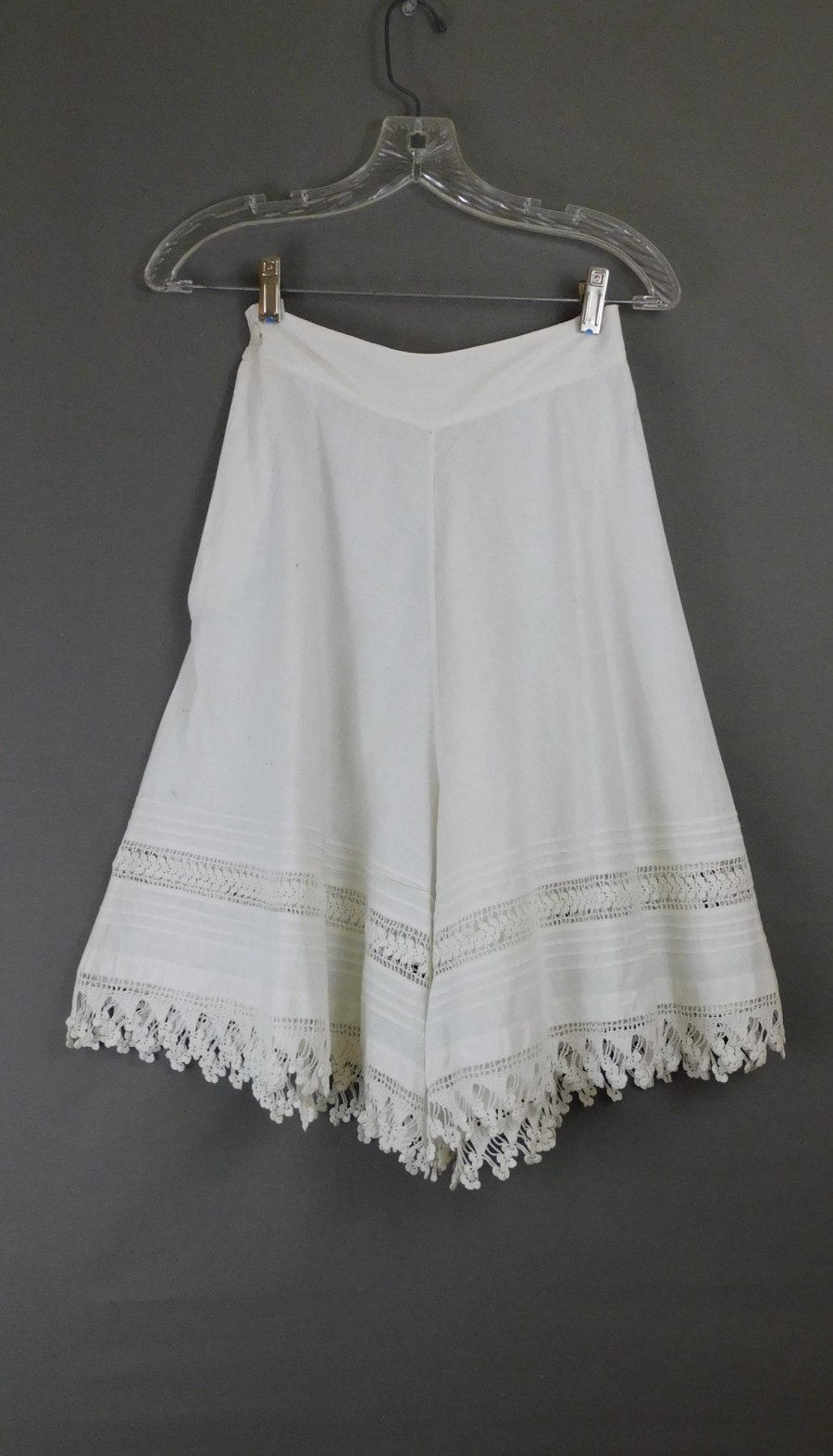 Vintage Edwardian Bloomers with Wide Legs, 1900s Antique, 23-1/2 inch waist