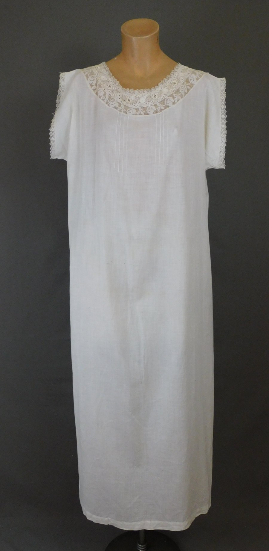 Vintage Cotton Nightgown with Lace Neckline, fits 38 to 42 inches Bust, Edwardian 1920s Crochet & Filet Lace Trim