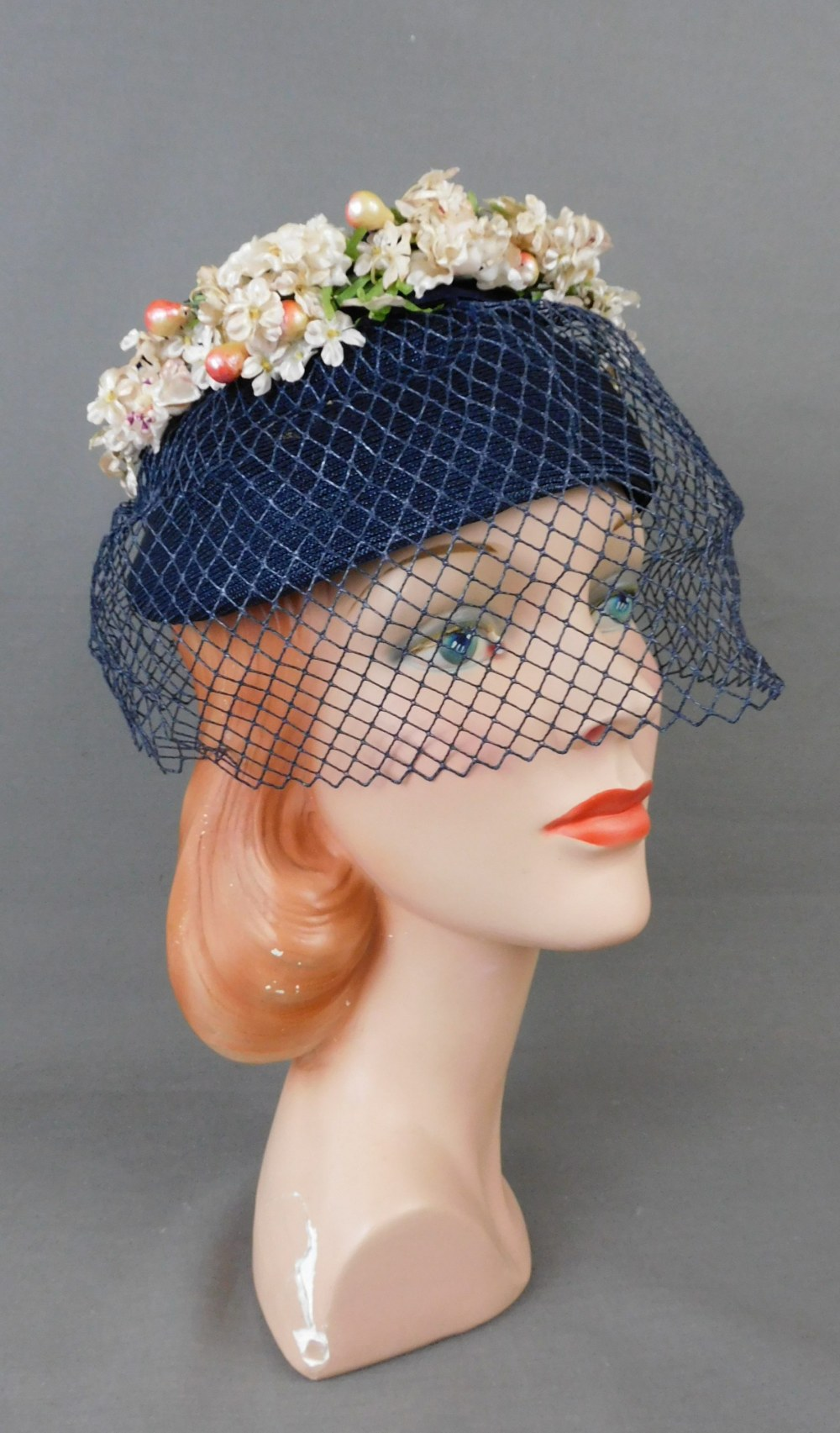 Vintage Small Flowers Navy Straw Hat with Veil 1950s, 21 inch head