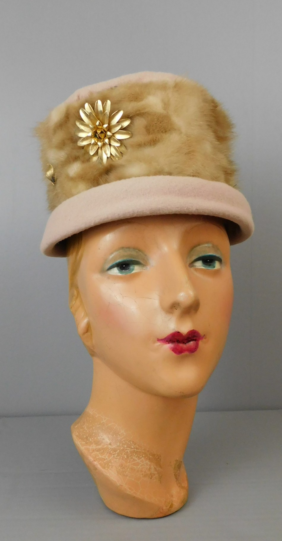 Vintage Mink and Felt Hat with Large Gold Flower Brooch, 1960s 21 inch head