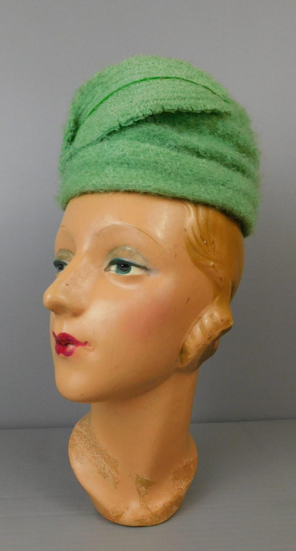Vintage Light Green Boucle Wool Hat 1950s, 21 inch head