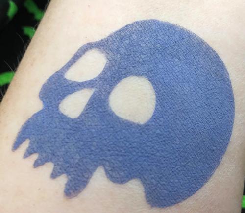Eva Destruction - matte dark slate blue eyeshadow