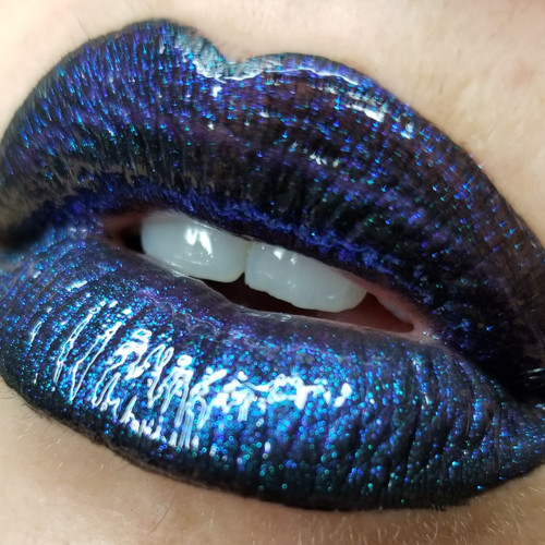 Where the Ghouls Are duochrome lip gloss