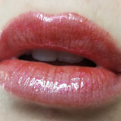 Romero & Ghouliet (LE) - red lip gloss with shimmer wine sparkle