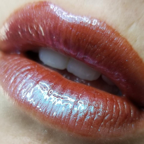 Livor Mortis - multichromatic lip gloss