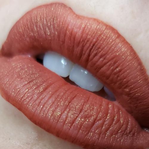 Mojo liquid lipstick