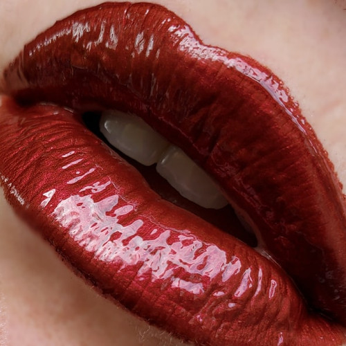 Hemorrhage Red red lip gloss
