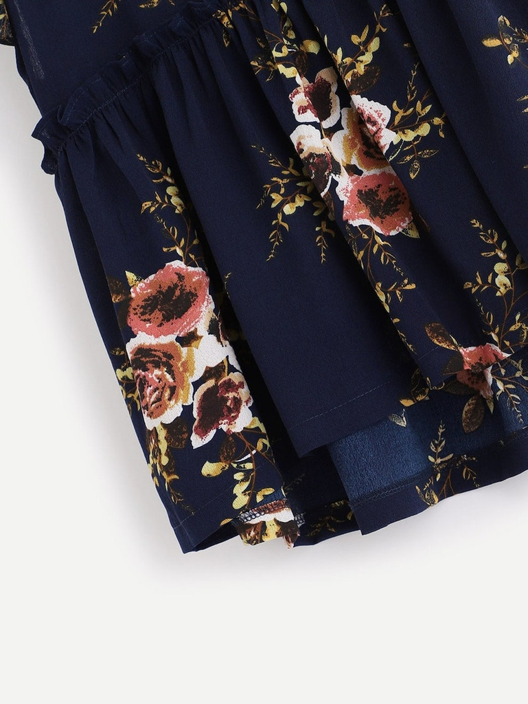 Plus Floral Print Ruffle Sleeve Blouse
