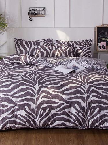 Allover Leopard Print Sheet Set