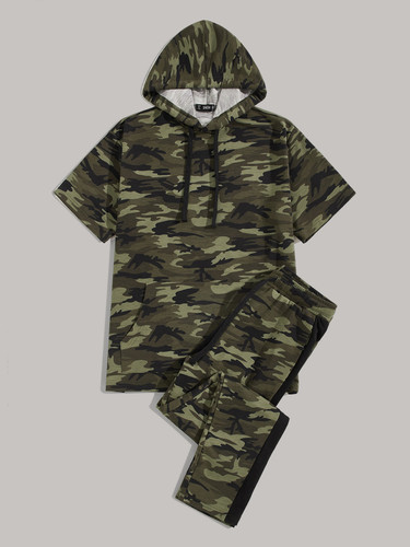 Men Pocket Front Camo Hoodie and Contrast Sideseam Trousers Set