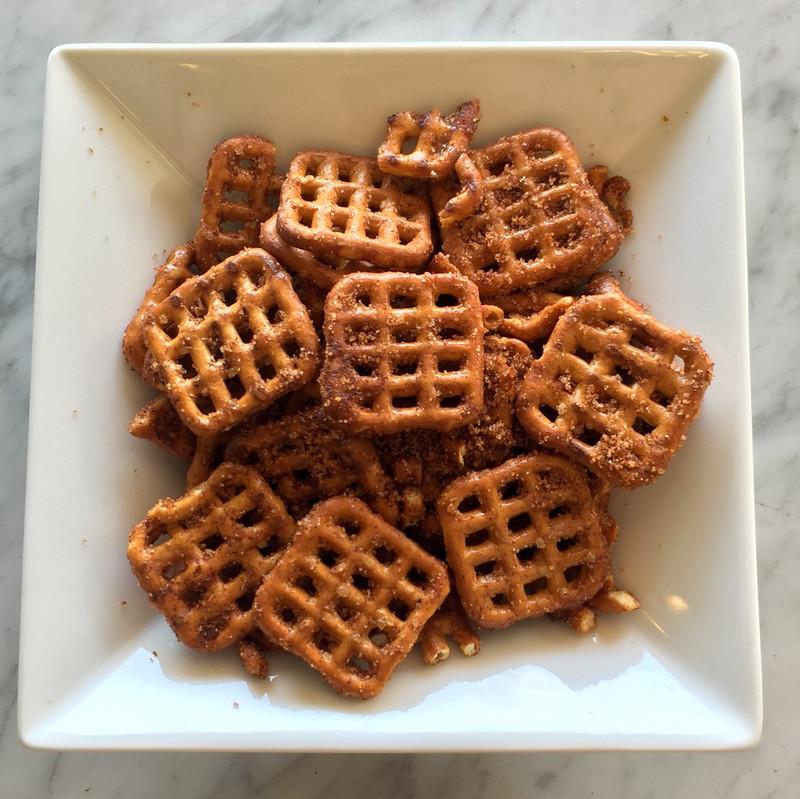 Cinnamon Spiced Pretzels - 5oz