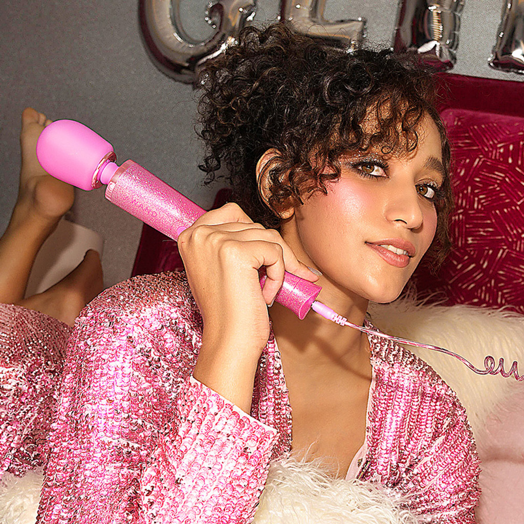 Pink Le Wand Special Edition: All That Glimmers Petite Rechargeable Wand Massager - Lifestyle #1