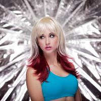 Hannah Wig - Vanilla Maroon