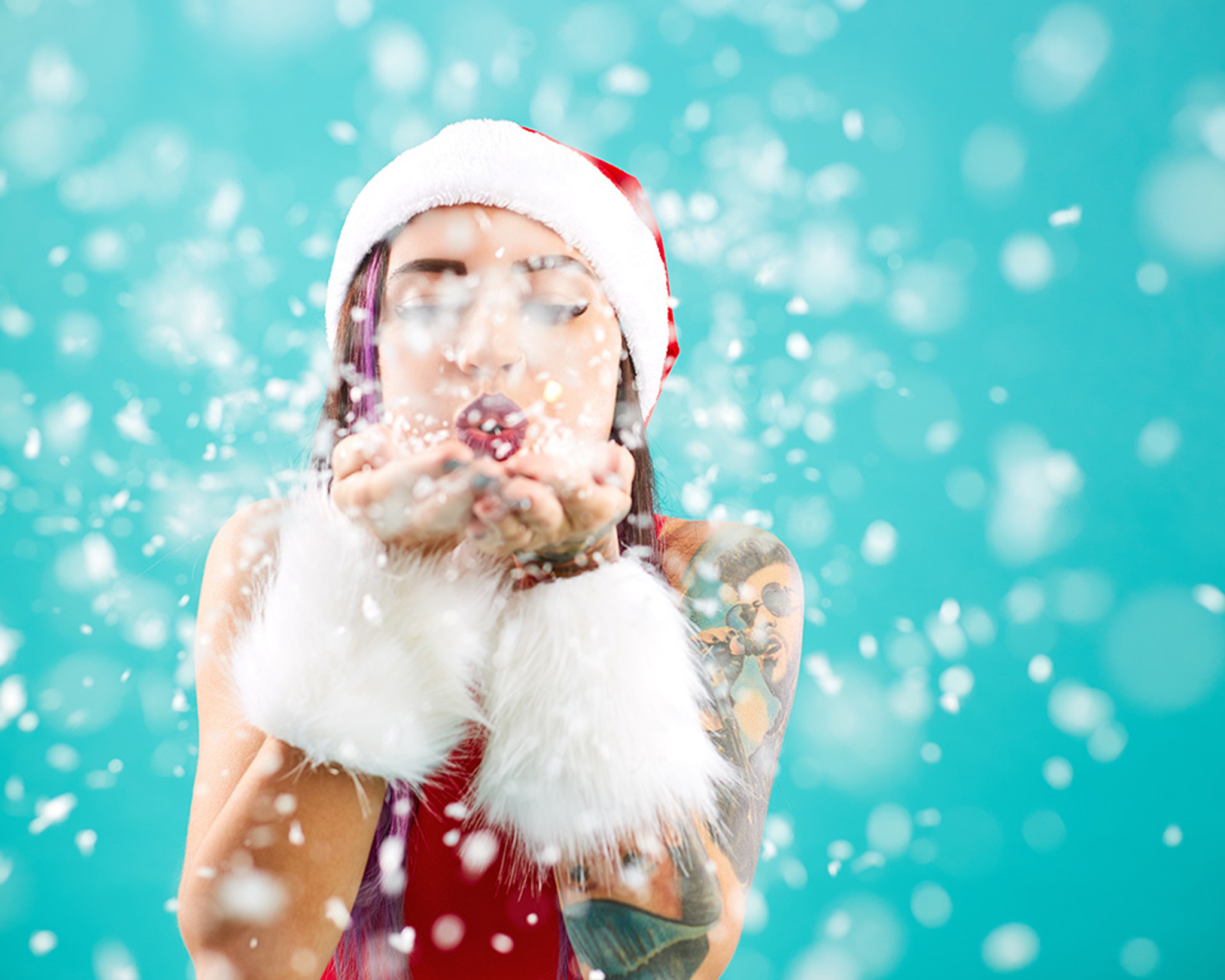 11 Sexy Stocking Stuffers to Please Your Lover This Holiday Season