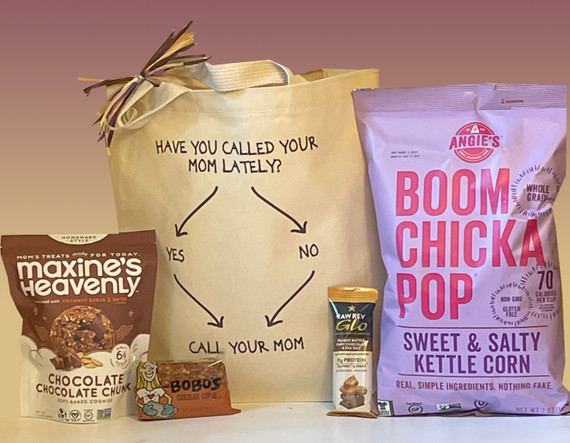As your college aged kid heads off to school, surprise them with this sweet care package and a little reminder you always want to hear from them.