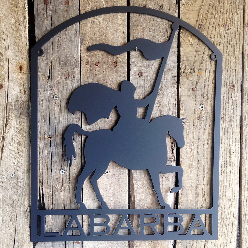 Metal Art Knight on Horse with Flag and Custom Text Sign (L15)