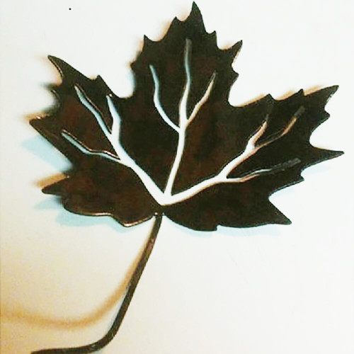 Metal Maple Leafs Set of 4 (A39)