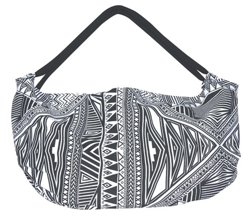 2 handled swing bag with great black and white print