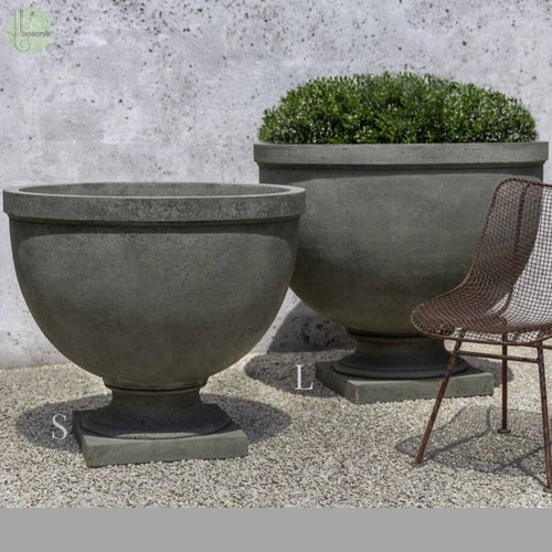Huntington Urn showing both Sizes available