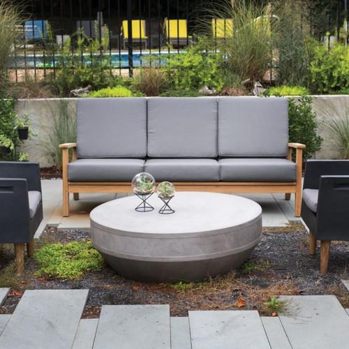 Outdoor or Indoor table
