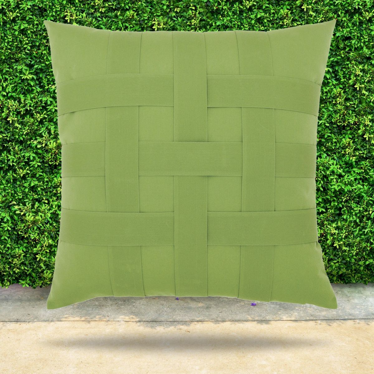 basketweave-ginko-outdoor-pillow