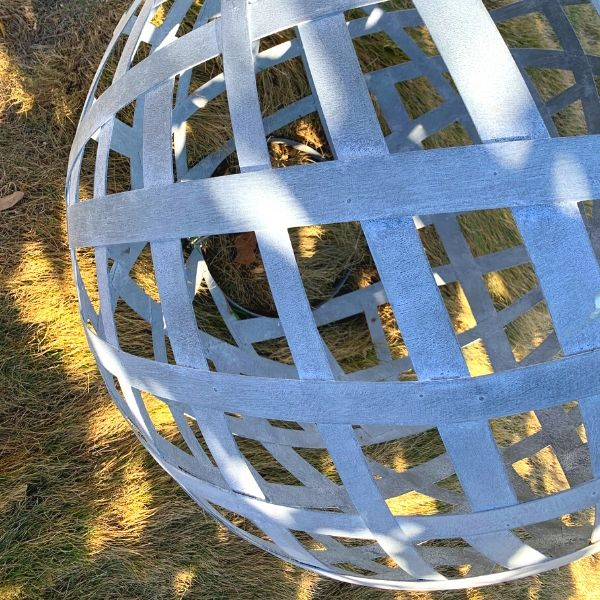 campania-zinc-sphere-in-the-garden-large