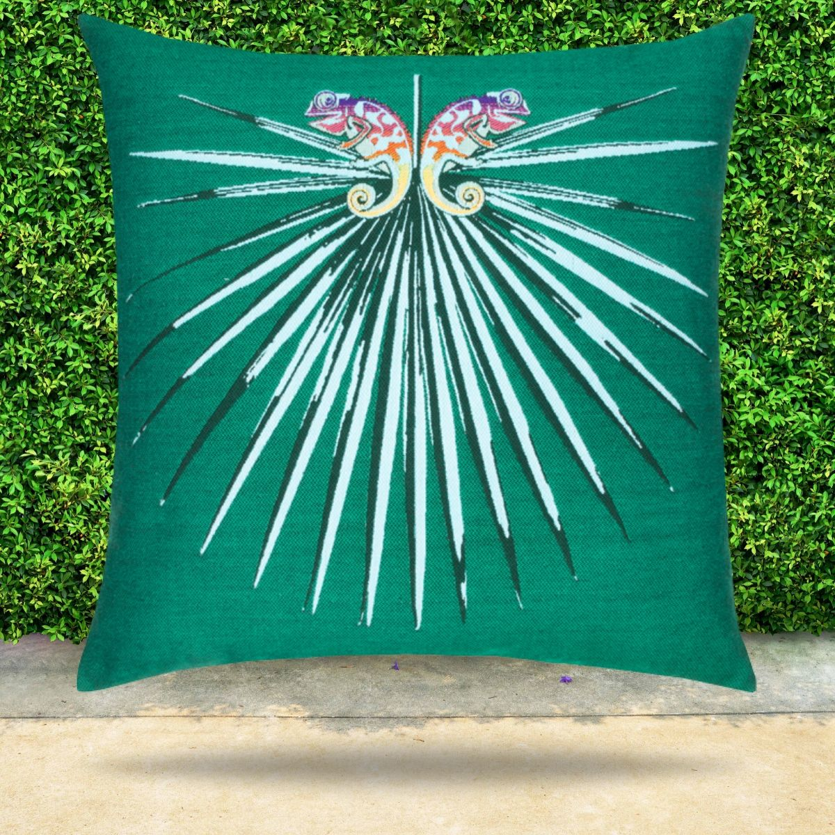 chameleon-emerald-pillow