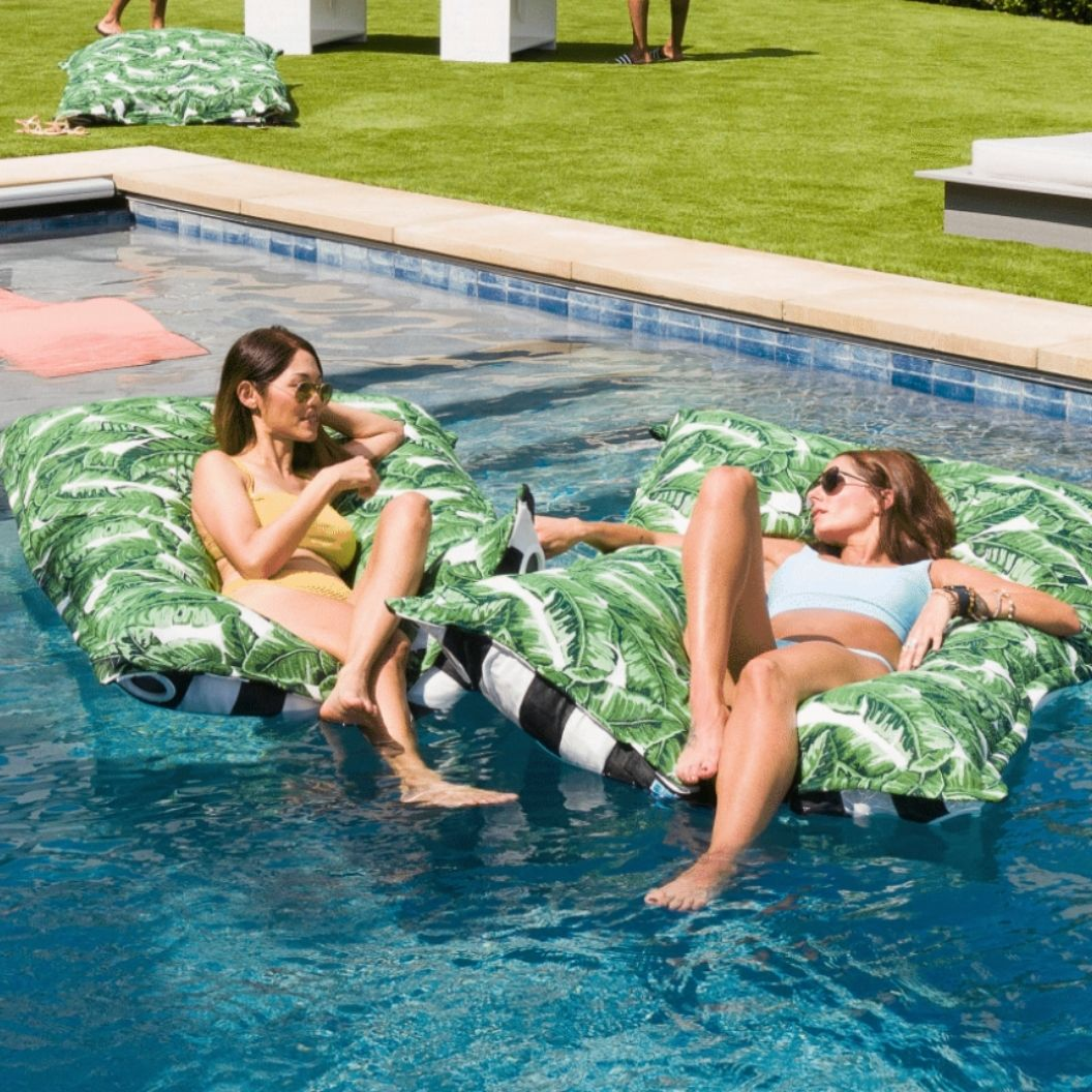 laze-pillow-float