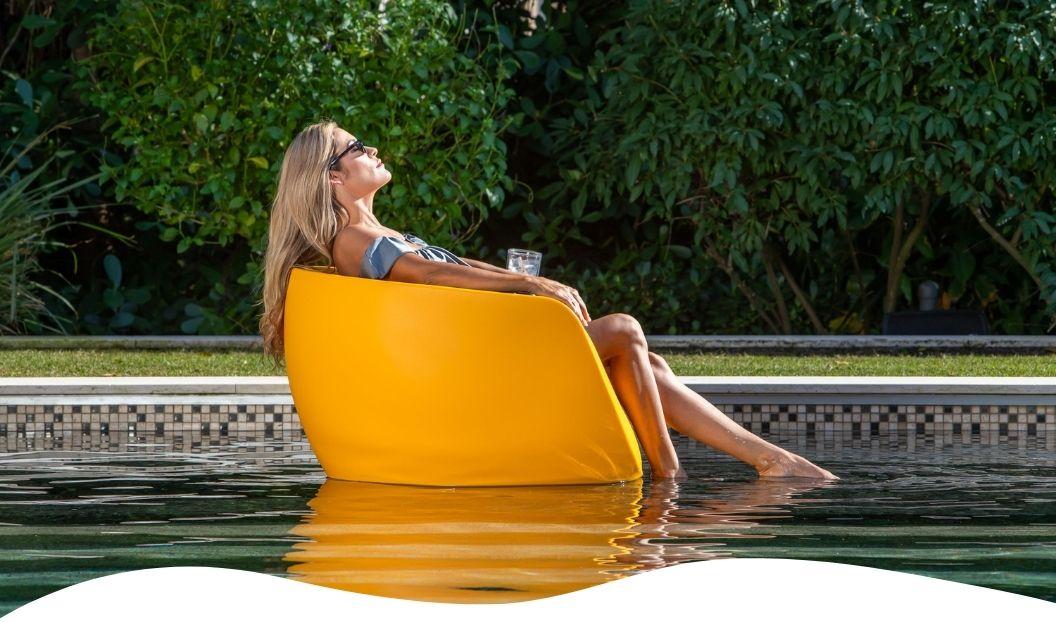 moon-tanning-ledge-chair-tenjam-lounger