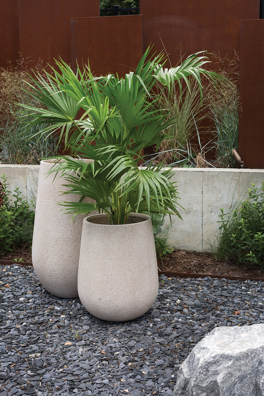 outdoor-juni-planter-set