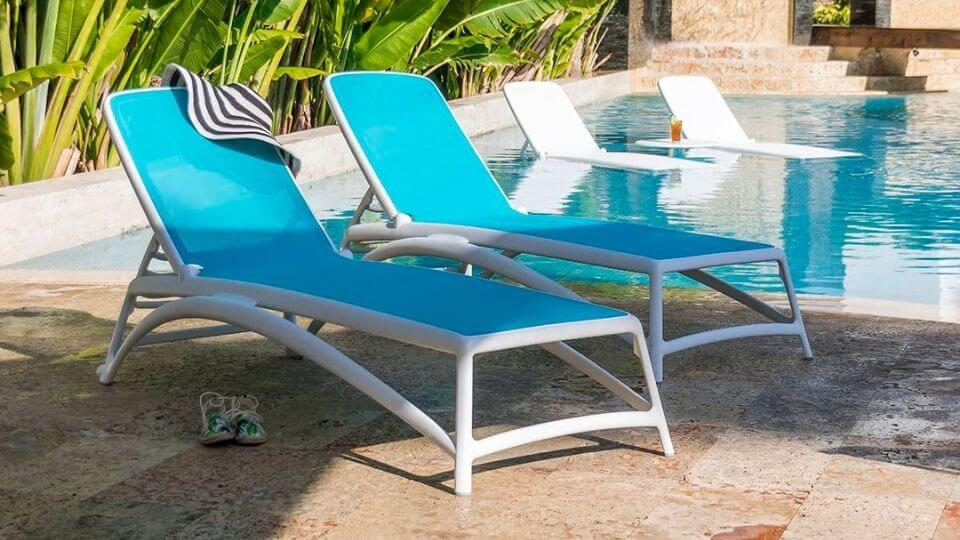 sunloungr-celeste-chaise tanning ledge