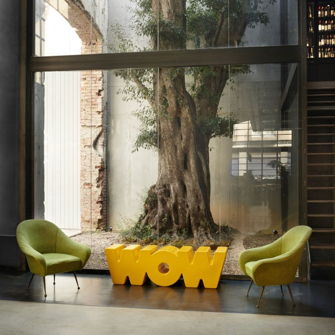 wow-bench-in-courtyard