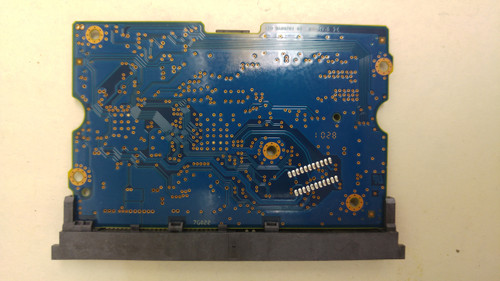 Hitachi HDS722020ALA330 P/N-0F10452 S/N-B9GV7M4F F/W-JKAOA3EA PCB Only
