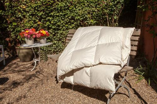 Copy of Organic Goose Goose Down Comforter Lightweight / Summer US Queen 90x92 inch *low inventory*