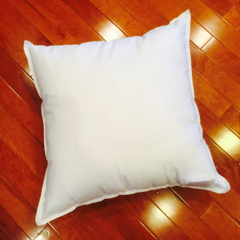 "18"" x 18"" Polyester Non-Woven Indoor/Outdoor Pillow Form"