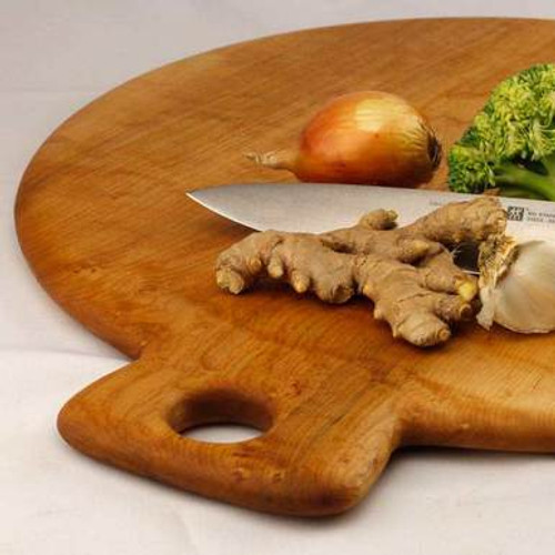 Round Maple Cutting Board with Handle