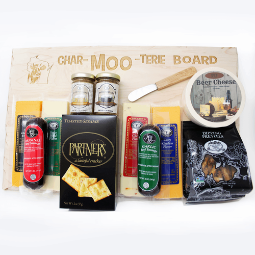 Heart of Wisconsin Char-MOO-terie Board Gift Set