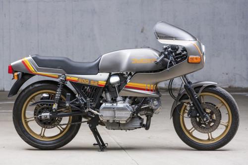 DUCATI 900 S2 DESMO 1983