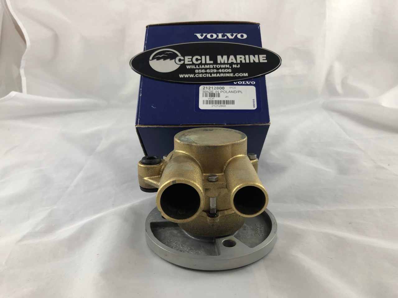 $329.95* GENUINE VOLVO  SEA WATER PUMP  21212800 ** IN STOCK & READY TO SHIP! **