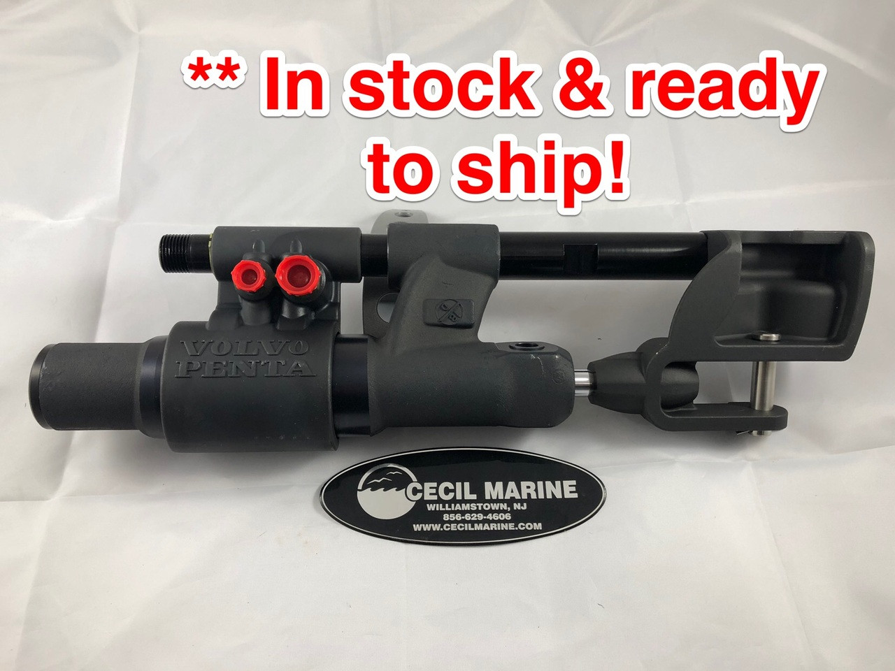 $639.95** GENUINE VOLVO STEERING CYLINDER 21910902 **In stock & ready to ship!