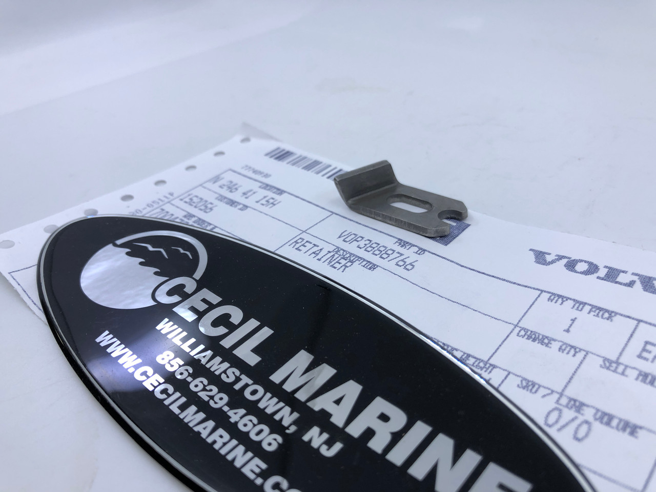 $15.95* GENUINE VOLVO Retainer 3888766   *In Stock & Ready To Ship!