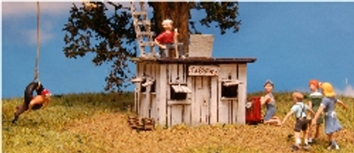 HO-SCALE CLUB HOUSE