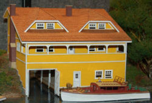 HO-SCALE BOAT HOUSE