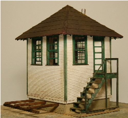 HO-SCALE INTERLOCKING TOWER