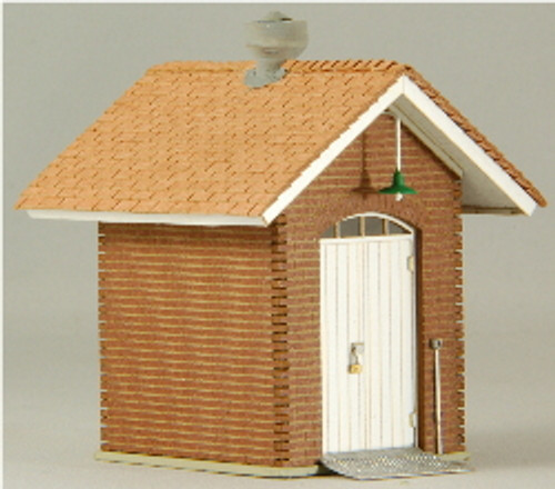 HO-SCALE OIL SHED