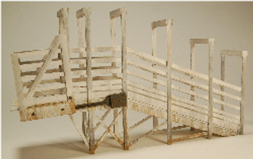 O-SCALE STOCK LOADING RAMP