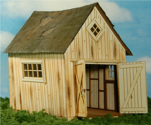 O-SCALE DILAPIDATED SHED