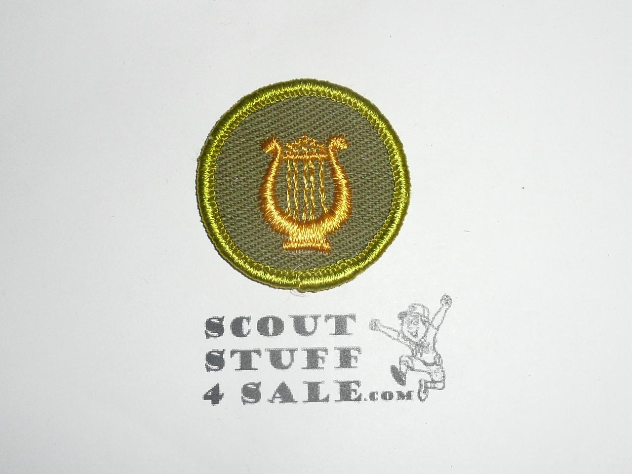 Music - Type F - Rolled Edge Twill Merit Badge (1961-1968), sewn