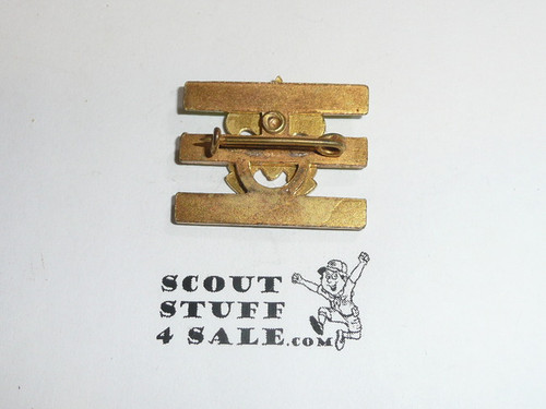 Junior Assistant Scoutmaster Hat Pin, Pointed Crown, Bent Wire Clasp, Painted bars rather than enamel variety, MINT